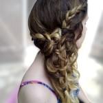 Coiffure femme coiffé-décoiffé pour un mariage
